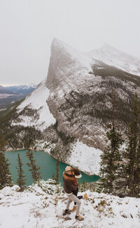 couple hiking photo shoot in Canmore Alberta by Liv Hettinga Elopement Photographer