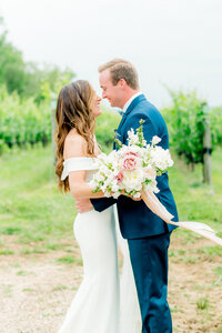 Stone-Tower-Winery-Virginia-Wedding-Photographer-Lauren-R-Swann-1-8