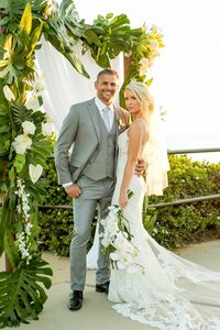 Small_Wedding_Laguna_Beach_Tropical