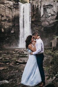 buffalo-elopement-photographer-upstate-ny-elopement094