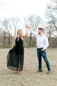 Texas engagement photographer from Dallas