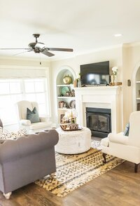 Cozy living room redesign by Moda Designs