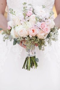 peoria-wedding-laura-bradley-park-flower-bouquet