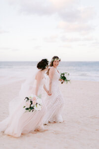 Paradisus-Punta-Cana-Wedding-Photographer-Susie-and-Will-Kendon-Design-Co._Hamilton-Niagara-Wedding-Florist-10