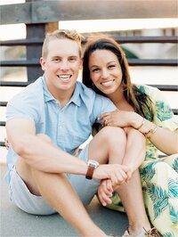 reneehollingsheadphotography_minneapolis_summer_engagement_session_jasminenick_0026