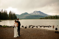 EMILY VANDEHEY PHOTOGRAPHY -- Bend Wedding Photographer -- Kerrie + Tyler -- Tetherow - Sparks Lake -- BRIDALS-28