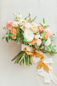 Orange and peach bouquet