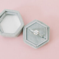 wedding-ring-grey-velvet-ring-box