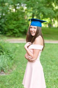 Senior cap and gown  session in Bowling Green, Kentucky garden