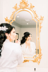 Bride getting ready photo at Park Chateau wedding captured by NJ wedding photographer Myra Roman