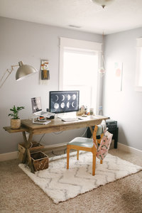 Frannie-office-121