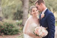 Elegant and romantic vineyard wedding at hart 2 hary vinyards by adrienne and dani photography