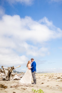 Tokeland Tradewinds on the Bay Wedding Venue with Bridal Portraits on  Washaway Beach WA by Juli Bonell Photography