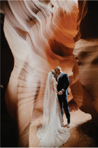 bride-groom-red-rocks@2x