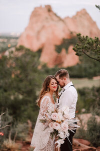 garden-of-the-gods-wedding-14