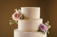 jackson-hole-wedding-photographer-amy-galbraith-jackson-cake-company.min