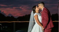 wedding photography in maryland- kissing at sunset