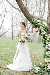 Wedding-Keeneland-Floral-Tree-Modern-Bride-Portrait-Kentucky-Photo-By-Uniquely-His-Photography085