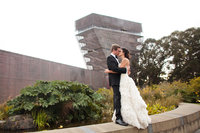 Art museum wedding, Ceremony and Cocktail hour at deYoung in San Francisco