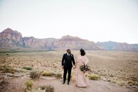 outdoor-elopement-red-rock-canyon-las-vegas-nevada