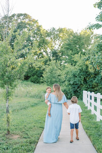 Family session photoshoot in Nashville, TN