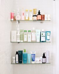 Beauty organization, bathroom inspo and skincare shelfie goals on collectionofvials.com.