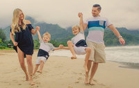 family-vacation-kauai-beautiful-portraits