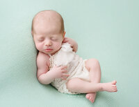 san-diego-baby-photographer-mint-pastel-savvy