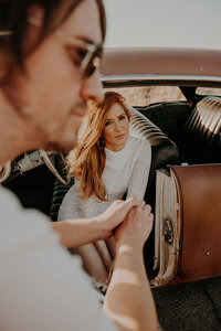 Bakersfield_RollingHills_Car_Engagement_Portraits_Lookslikefilm_RubiZPhoto_BR2019(46of133)