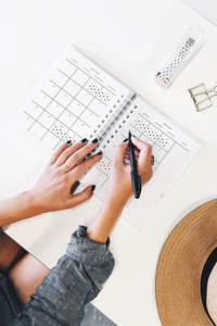 The Secret to landing clients without being a sales woman