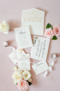 Lace-and-Belle-Invite-Inspo-10