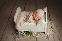 saskatoon newborn baby photographer_0017