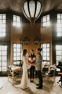 Britty + Beau - Elopement - The Ruins_ Seattle_ WA - Kamra Fuller Photography - Runaway With Me Elopement Collective-94