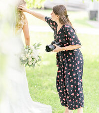 jumpsuits-for-wedding-photographers