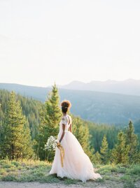 Refined and Organic Wedding in the Heart of Colorado_0010