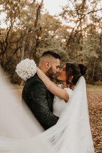 Bryana_Joe_Wedding_Sneak_Peeks_10.13.18-4