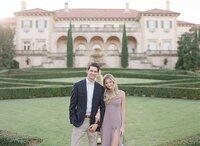 tulsa-wedding-photographer-engagement-session-at-the-philbrook-museum-laura-eddy-photography_0030
