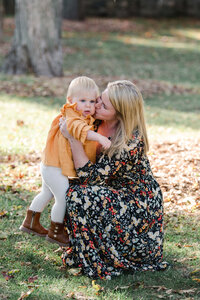 Family-Mother-Baby-Outdoor-Rye-New-York-Westchester-Photographer-001