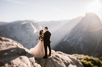 Yosemite-National-Park-Adventure-Wedding-Elope-Mountains-Sunrise-Sunset-Bride-Hearnes-Elopement-Photography-22