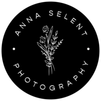 Custom black logo mark for a photography business on the Mornington Peninsula.