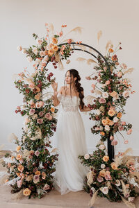 Michaela Mantarian Florist Floral Designer Flowers Wedding Weddings Special Events Luxury Chicagoland Blooms Light Airy Texture Bouquet Bouquets Boutonnieres Corsages Bridal Party Boquet14