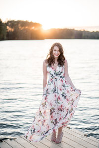 lake-senior-photo-shoot-102