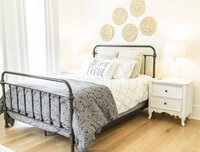 Guest bedroom redesign inspiration by Moda Designs