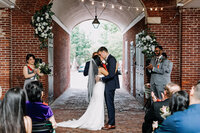 wedding ceremony at headhouse shambles