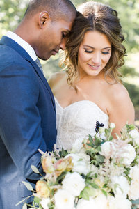 Fall-Navy-Gold-Laurel-Hall-Wedding-Ivan-Louise-Images-Jessica-Dum-Wedding-Coordination_photo2