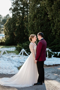 winter wedding at jones river