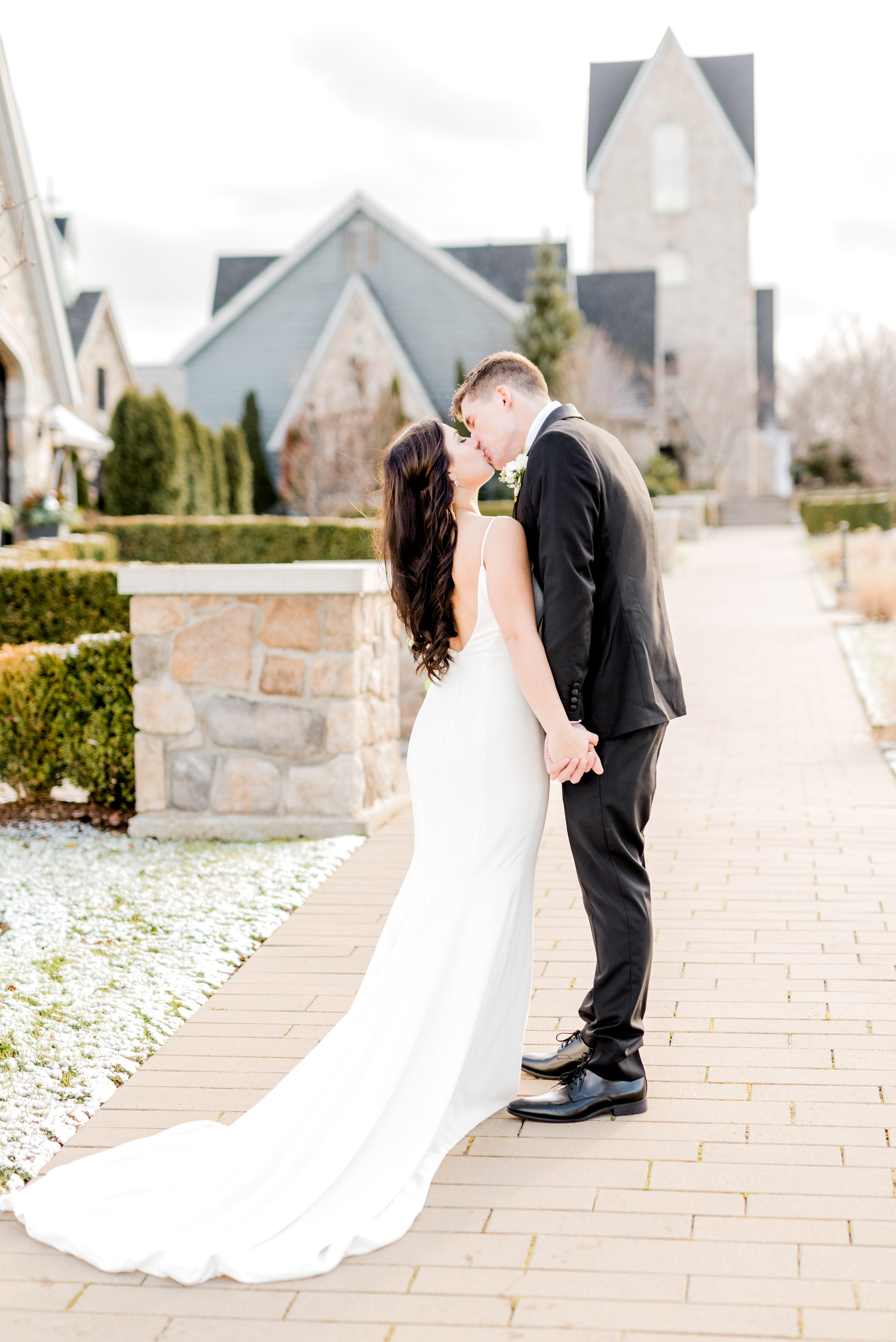 Sam-Mike-Wedding-SneakPeek-45