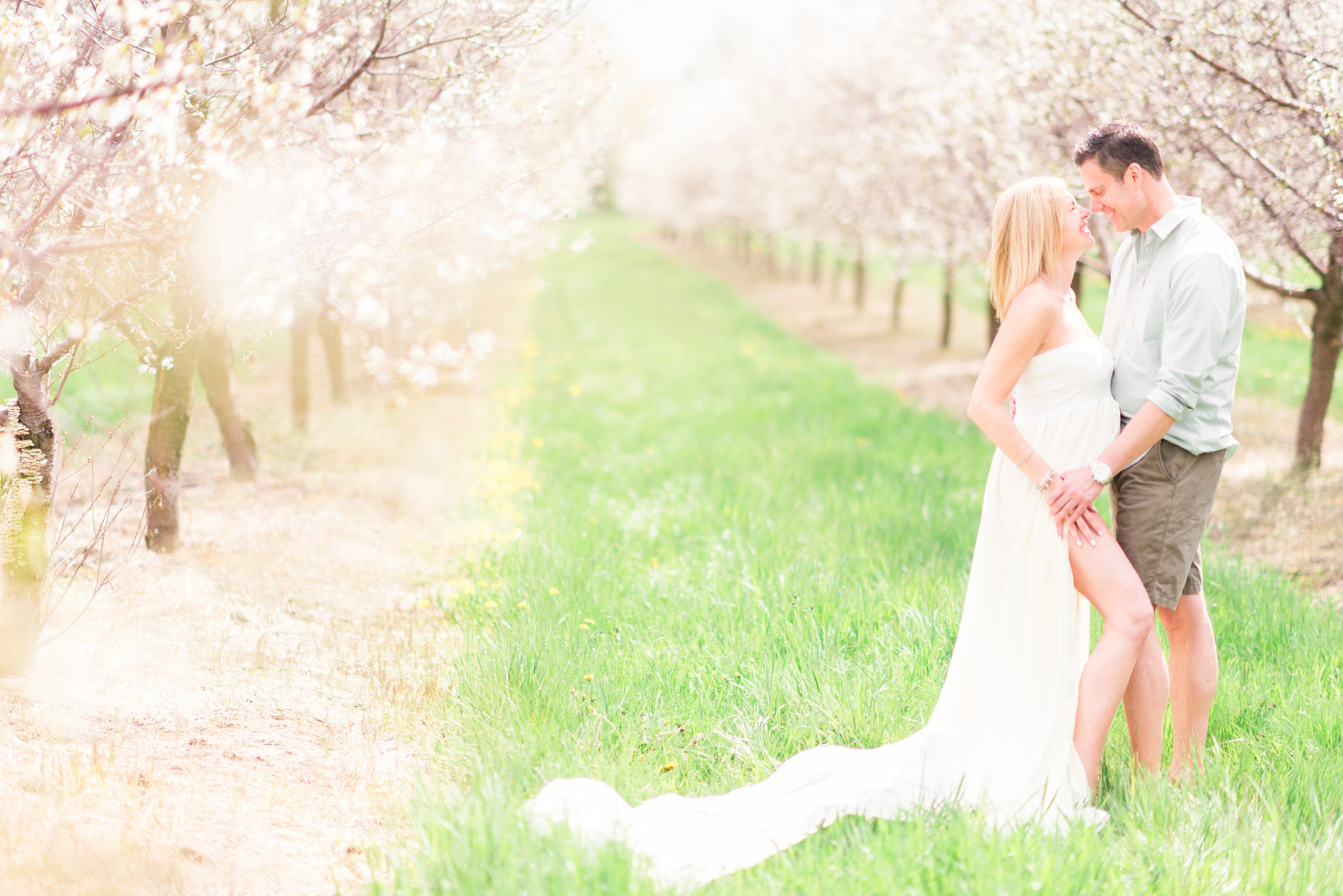 cherry-blossom-maternity-portrait-session-traverse-city-michigan-12