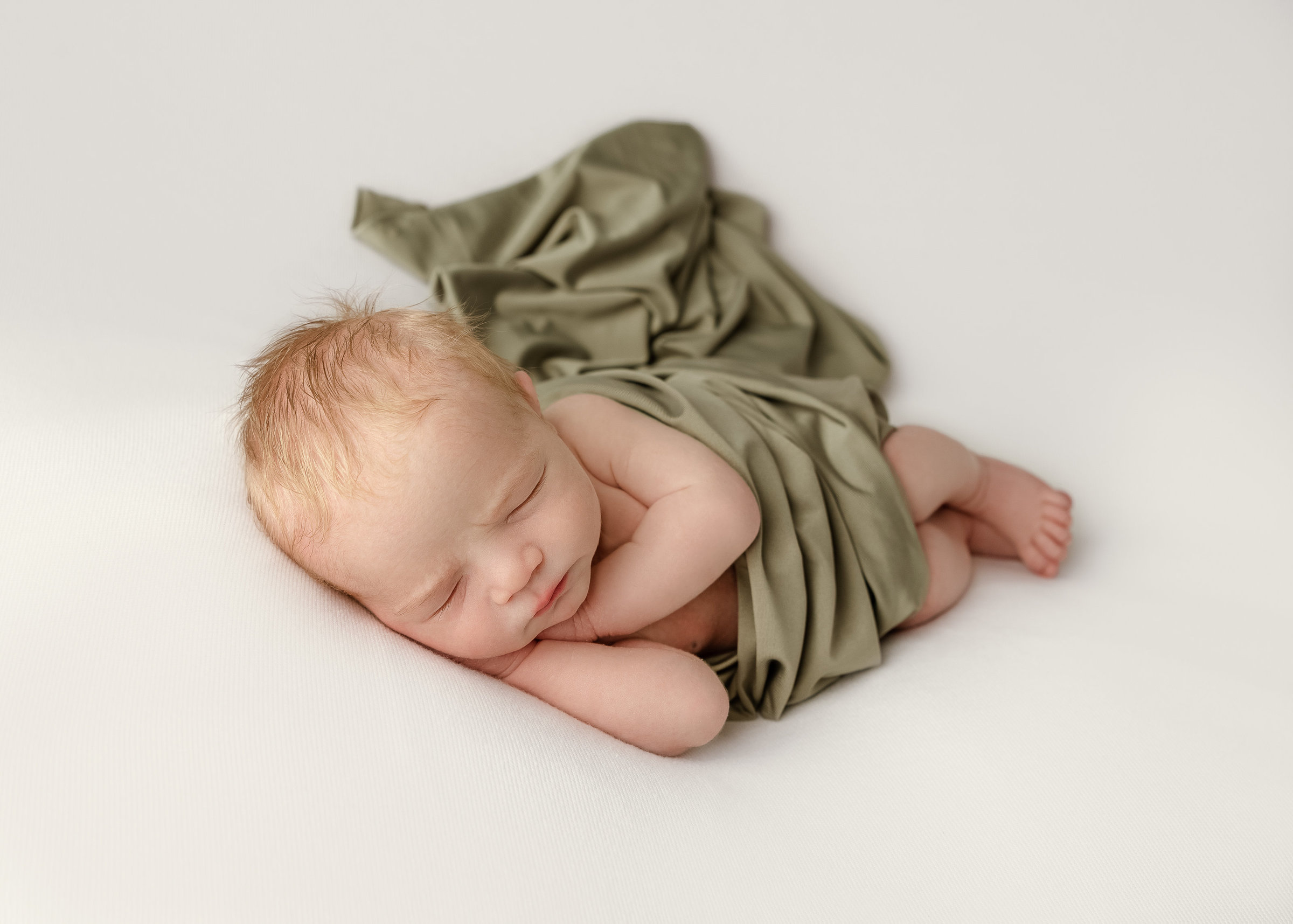 columubus.ohio.newborn.photographer-31