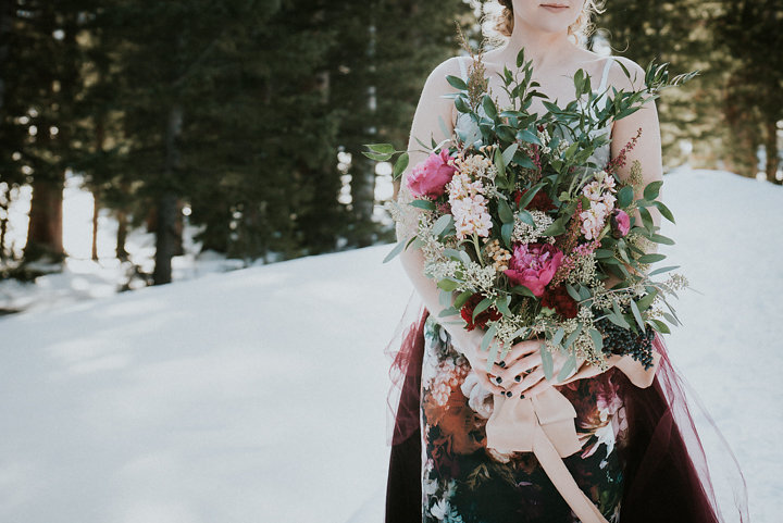 breckenridge colorado winter elopement photographer emposies floral